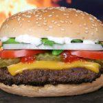 気になるマクドナルド、ダブルチーズバーガーセットのカロリーは?