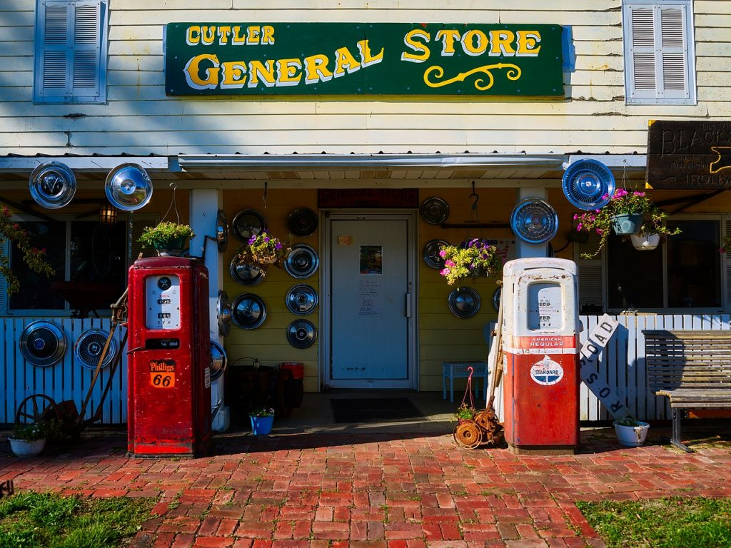 general-store-1933324_1280